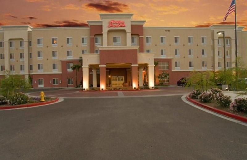 Exterior view of Hampton Inn & Suites Phoenix-Surprise, AZ.