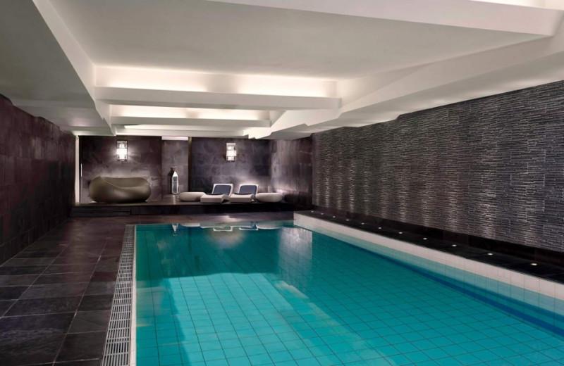 Indoor pool at Le Royal Meridien Bristol.