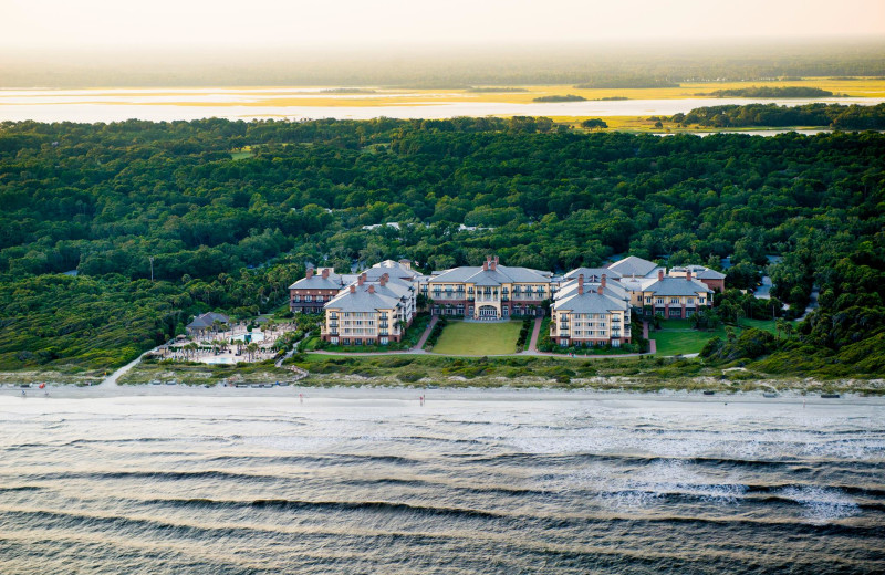 Exterior view of Kiawah Island Golf Resort.