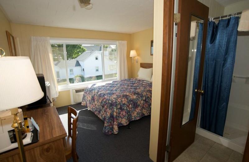 Guest Suite at Beachfront Inn