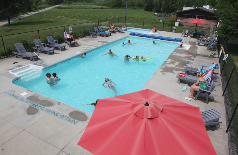 Outdoor pool at Southview Cottages Resort.
