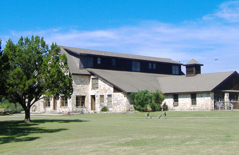 Exterior view of Silver Spur Guest Ranch.