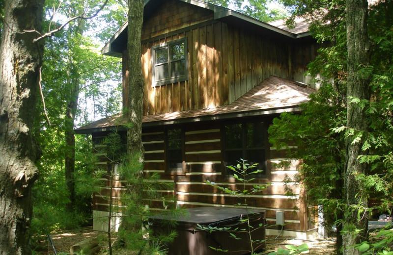 Exterior view of Larsen Log Cabins.