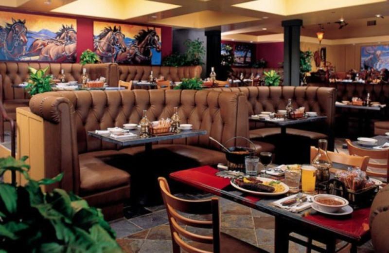 Restaurant at The Sanctuary Beach Resort