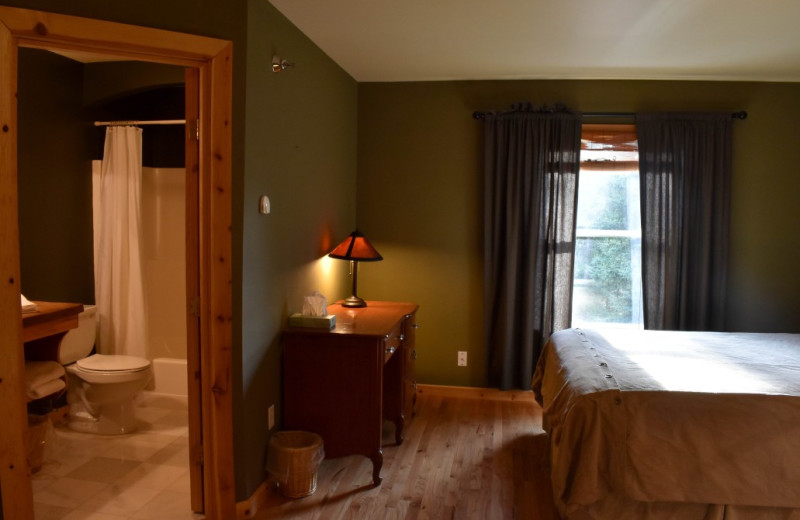 Guest room at  Alaska Legends Adventure Resort.