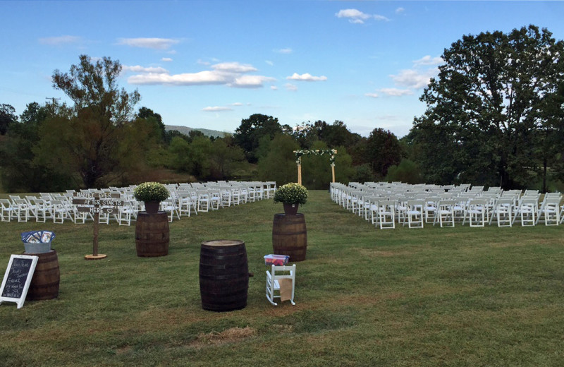 Wedding ceremony at Mulberry Mountain Lodging & Events.