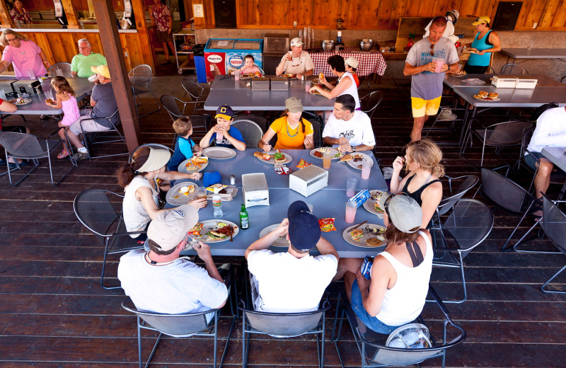Dining at Red Cliffs Lodge.