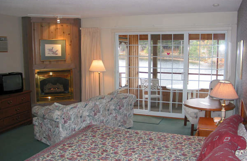Guest room at Algonquin Lakeside Inn.