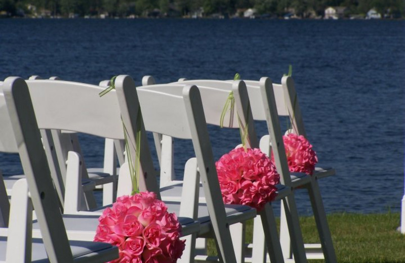 Wedding ceremony at Bay Pointe Inn.