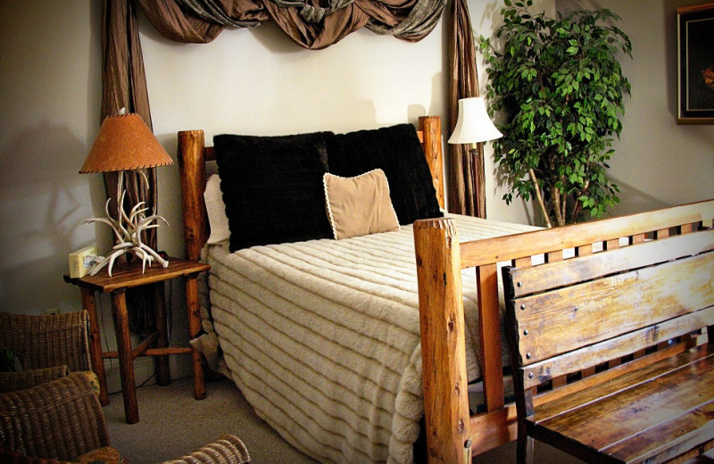 Guest room at Fredericksburg Bed & Brew.