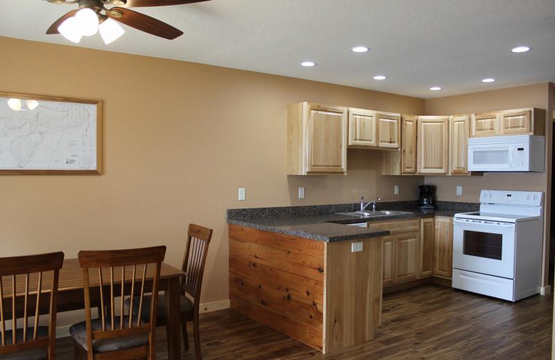 Cabin kitchen at Bonnie Beach Resort.