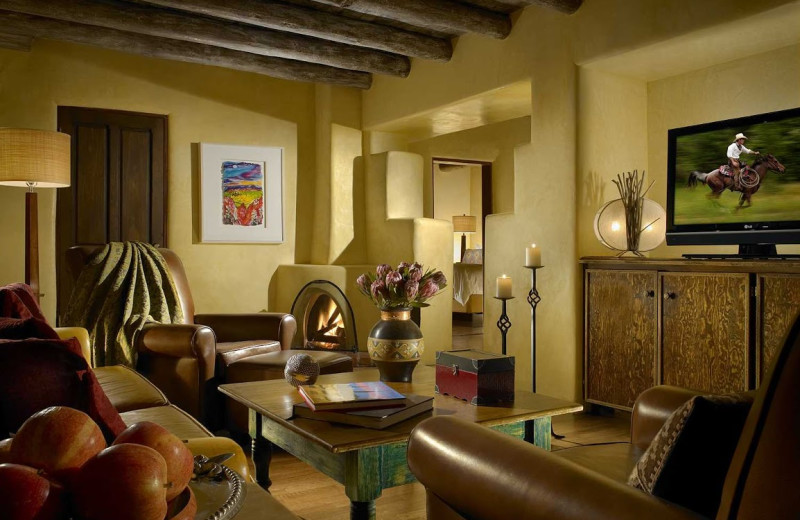 Living room at La Posada de Santa Fe Resort & Spa.