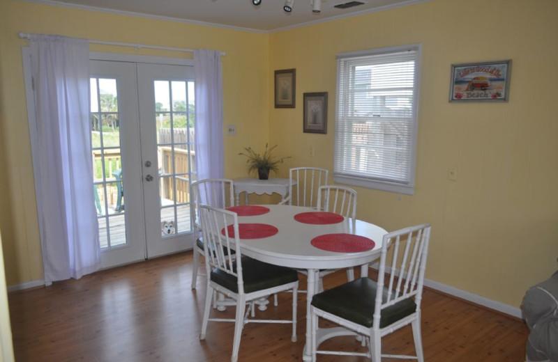 Rental dining room at Island Real Estate. Inc.