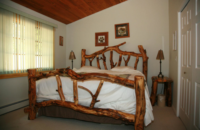 Guest bedroom at Bay Point on the Lake.