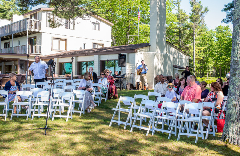 Outdoor Ceremony at Beaver Island Lodge