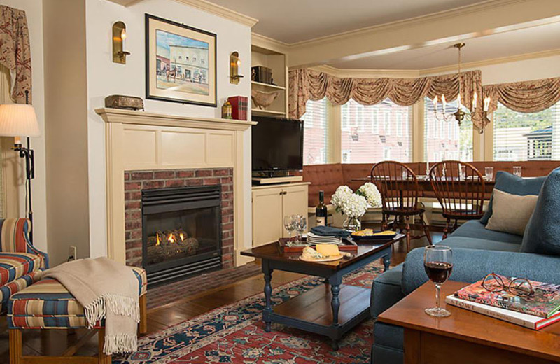 Living room at The Green Mountain Inn.