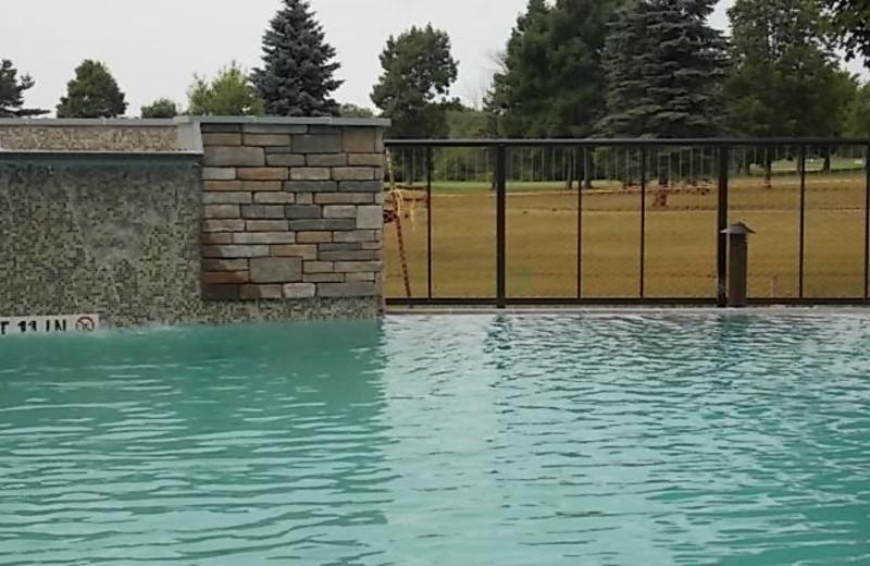 Outdoor pool at Fairway Suites At Peek'n Peak Resort.