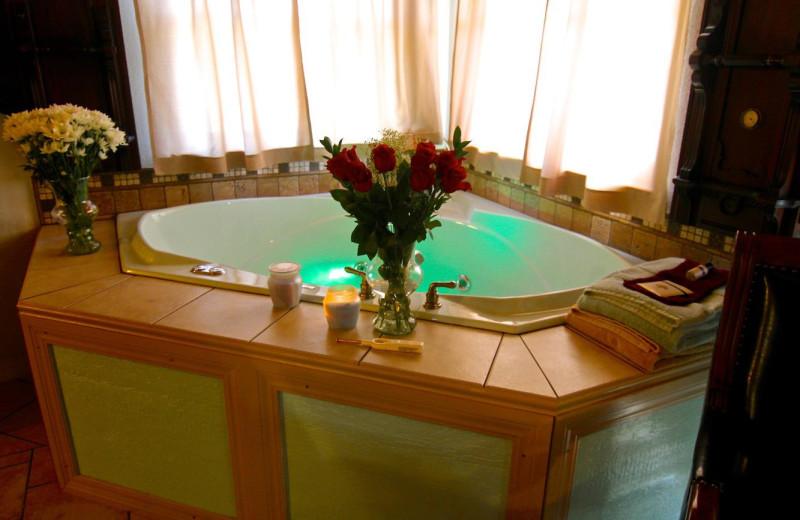 Guest hot tub at Echo Canyon Spa Resort.