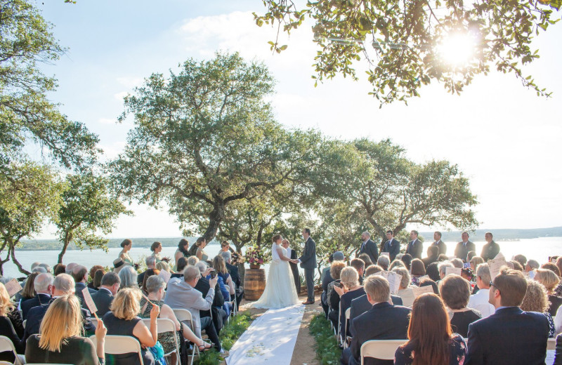 Weddings at Canyon of the Eagles.
