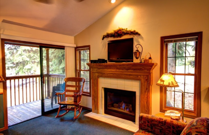 Guest living area at The Evergreens On Fall River.