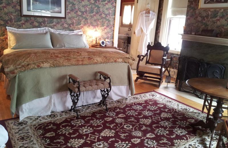 Guest room at Ann Bean Mansion.