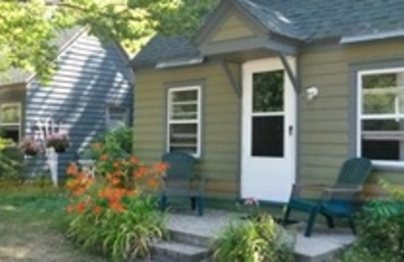 Cottage Exterior at Lakeview Cottages