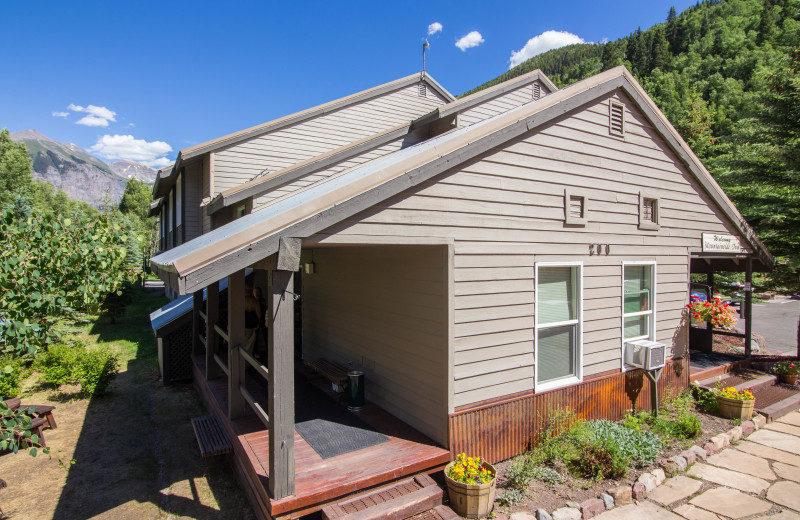 The Mountainside Inn has a great location right in the heart of Telluride!