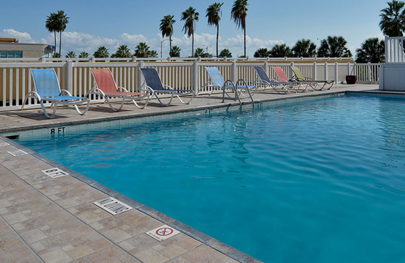 Outdoor Swimming Pool at Best Western Marina Grand Hotel