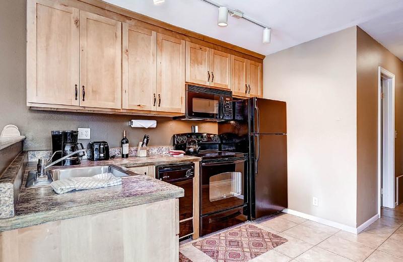 Rental kitchen at Wildwood Suites.