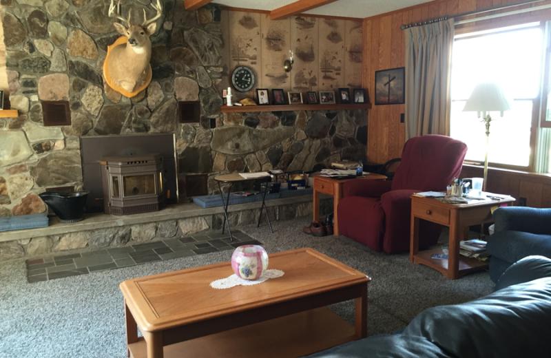 Living room at Vineyard Bed & Breakfast.