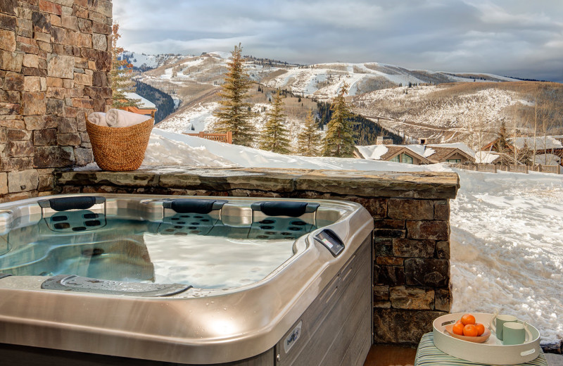 Rental hot tub at Stein Eriksen Residences.