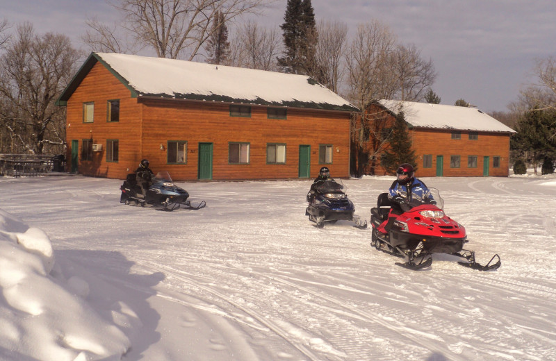 Winter exterior at McQuoid's Inn & Event Center.