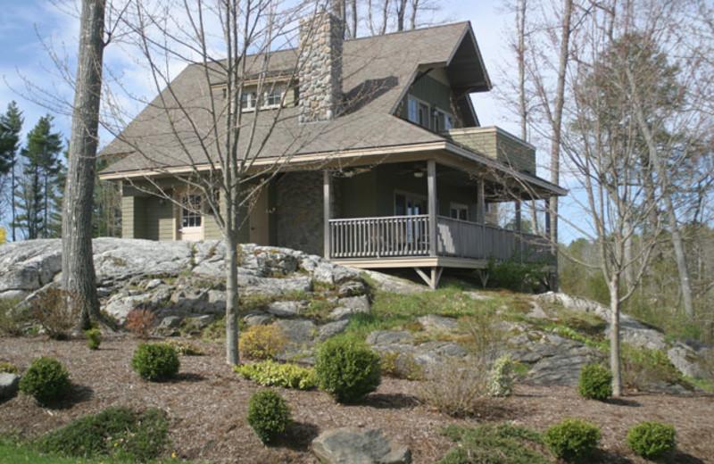 Cottage exterior at Sheepscot Harbour Village & Resort.
