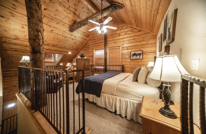 Cabin bedroom at Thousand Hills Vacations.
