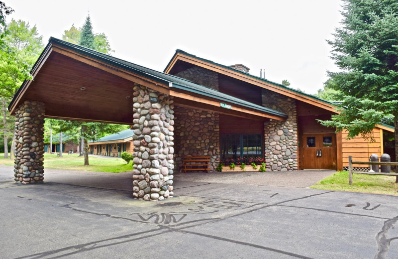 Exterior view of Whitetail Lodge.