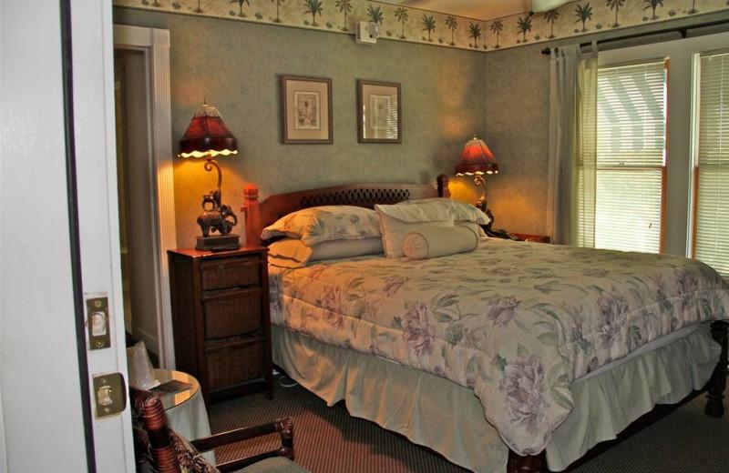 Guest room at Peninsula Inn & Spa Inc.