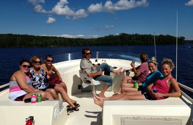 Family on houseboat at Ebel's Voyageur Houseboats.