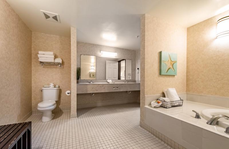 Guest bathroom at The INN at Gig Harbor.