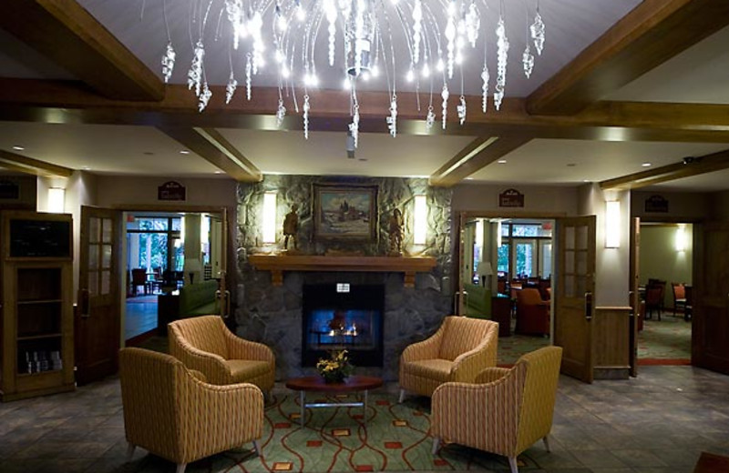 The lobby at Residence Inn Mont Tremblant Manoir Labelle.
