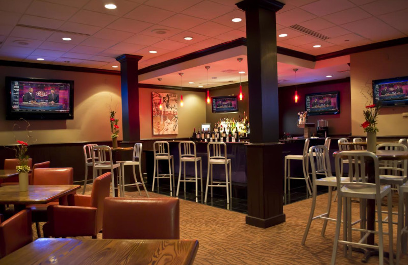 Bar at Radisson Hotel Branson