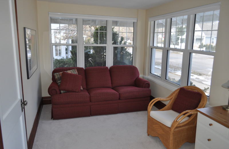 Reading Nook in Rental at Niagara Holiday Rentals