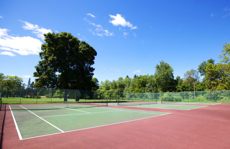 Tennis court at Honor's Haven Resort & Spa.