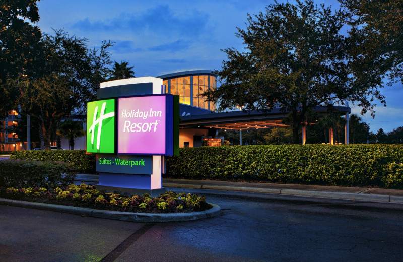 Exterior view of Holiday Inn Resort Orlando Suites - Waterpark.