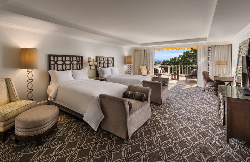 Guest room at Phoenician.