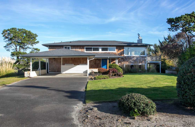 Rental exterior at Gearhart by the Sea.
