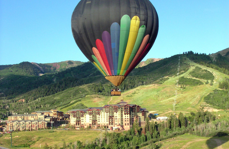 Balloon rides at Grand Summit Resort Hotel.