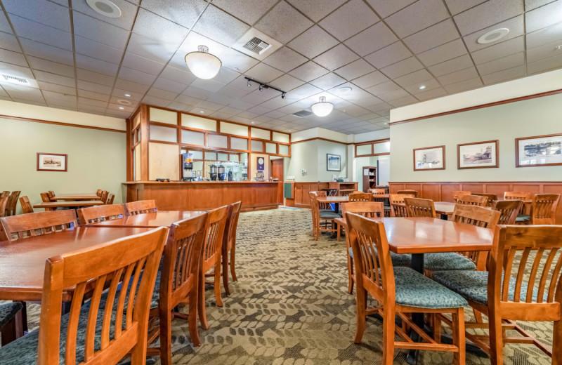 Dining at The INN at Gig Harbor.