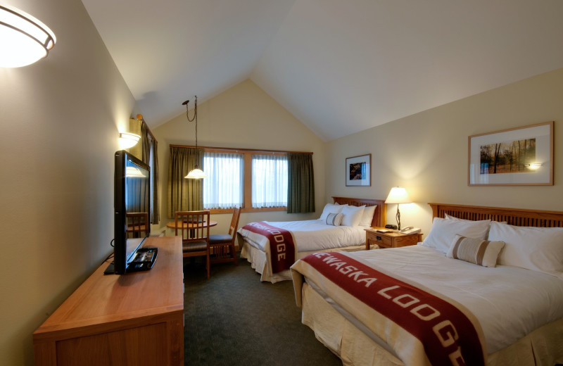 Guest room at Minnewaska Lodge.