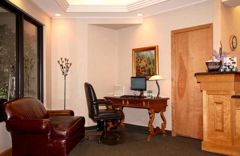 Business center at Sophie Station Suites.