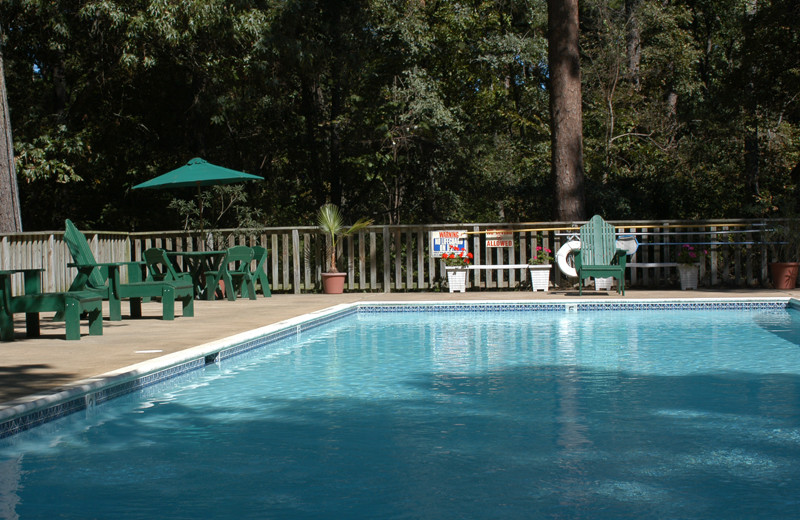 Outdoor pool at Lake O' The Woods.